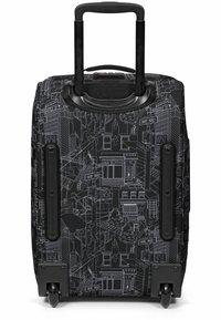 Eastpak - Wheeled suitcase - master black - 2
