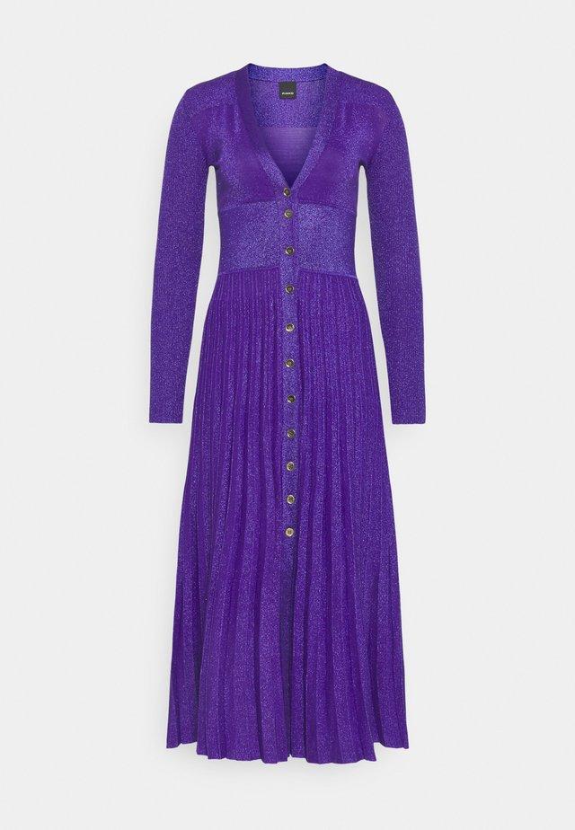 ATLETA ABITO VANISE - Gebreide jurk - lilac