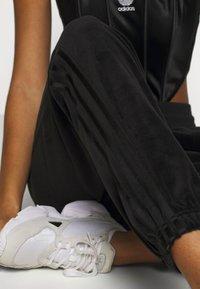 adidas Originals - JOGGER - Pantalon de survêtement - black - 3