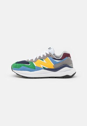 5740 UNISEX - Trainers - carnival