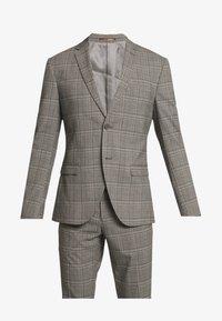 CHECK SUIT - Suit - light brown
