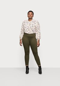 Marks & Spencer London - Jeans Skinny Fit - khaki - 1