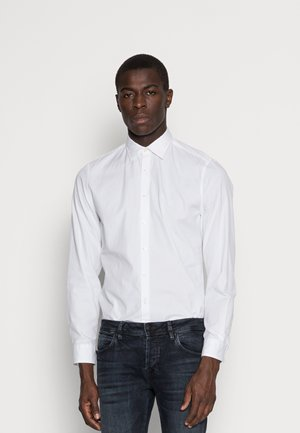 CAMBRIDGE SHAPED FIT KENT COLLAR - Košile - white