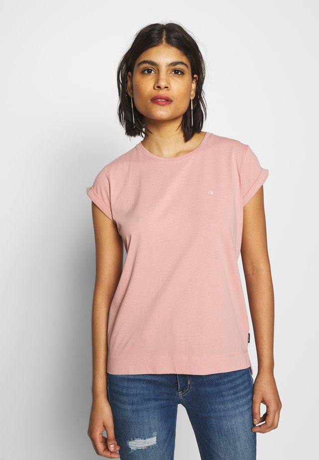 TURN UP - Basic T-shirt - muted pink