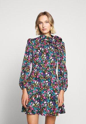 GARDEN STRETCH ADELE DRESS - Denní šaty - multi