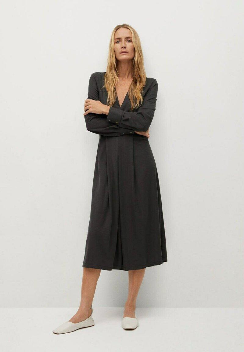 Mango - MIRAVENT - Sukienka letnia - grijs