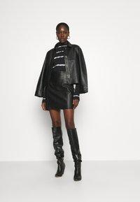 DAY Birger et Mikkelsen - TAKE CARE - Leather skirt - black - 1