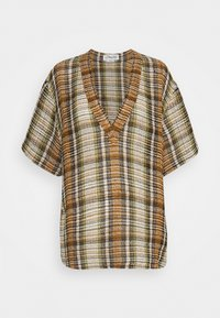 OVERSIZED V NECK  - Print T-shirt - tan/lime
