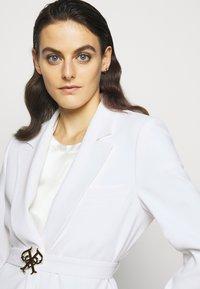 Pinko - COLA JACKET - Short coat - white - 3