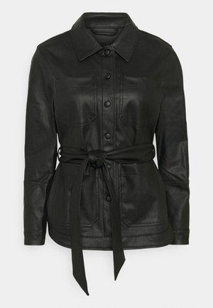 PCFEPTIMA SHIRT - Blouse - black