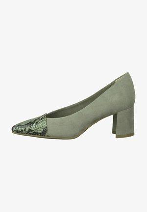 Classic heels - moss comb