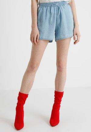 NMENDI - Shorts - light blue