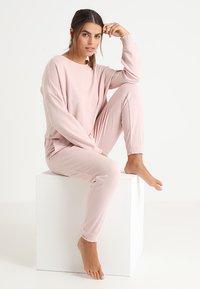 Anna Field - SET - Pyjama set - pink - 1