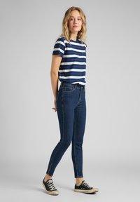 Lee - SCARLETT - Jeans Skinny Fit - stone travis - 1