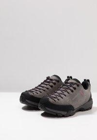 Scarpa - MOJITO TRAIL GTX - Hiking shoes - midgray - 2