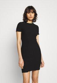 Tommy Jeans - BODYCON SMOCK DRESS - Shift dress - black - 0