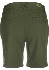 Jack Wolfskin - DESERT SHORTS  - Sports shorts - delta green - 1