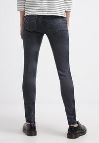 Levi's® - 535 LEGGING - Jeans Skinny Fit - tumbled stone - 2
