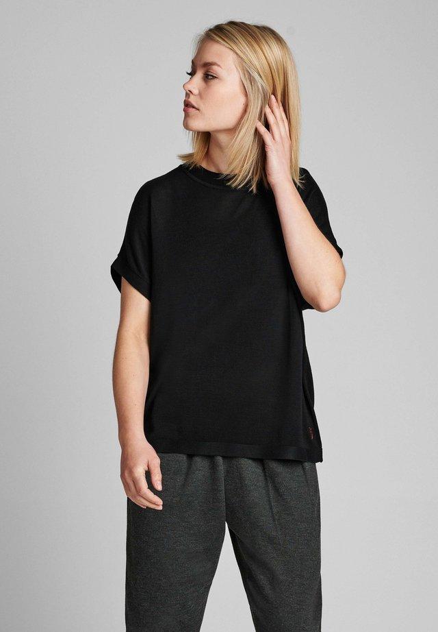 NUDARLENE  - Basic T-shirt - caviar