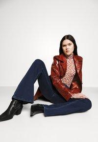 Lee - BREESE - Flared jeans - dark joni - 3