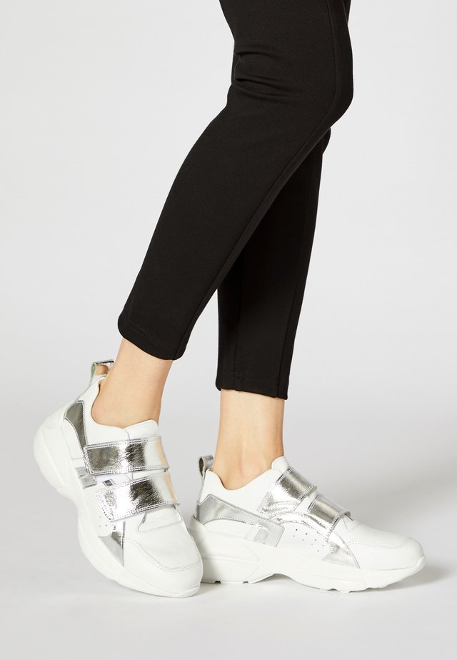 Sneakers laag - argent blanc
