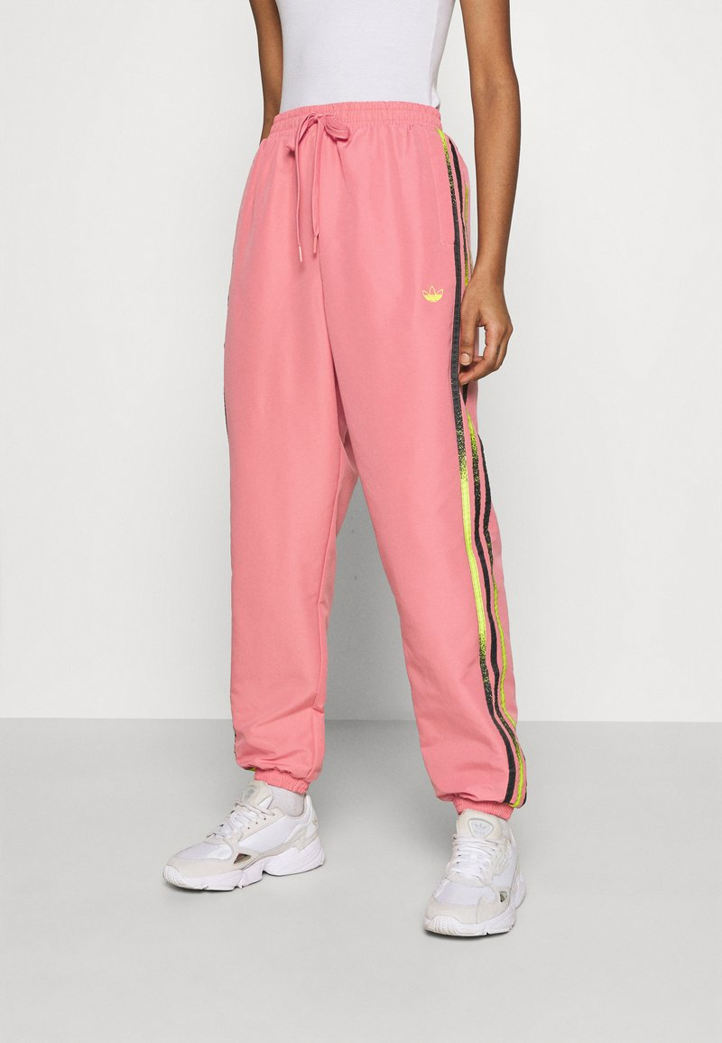 adidas Originals - PANTS - Pantalones deportivos - hazy rose/acid yellow/black
