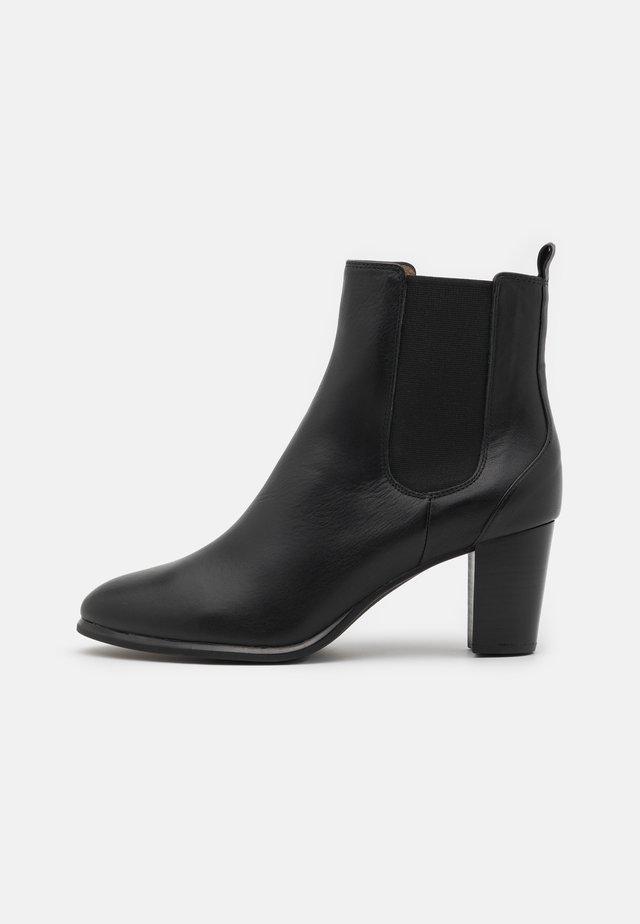 MISTER - Korte laarzen - black