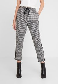 Marc O'Polo DENIM - PANTS PEPITA SHOELACE - Pantalon classique - black/white - 0