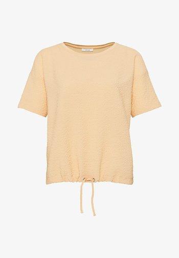 SELLY - Print T-shirt - melba