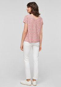 s.Oliver - T-shirt print - red stripes - 2