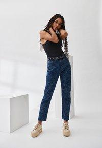Levi's® - 501® CROP - Jeansy Straight Leg - blue denim - 2