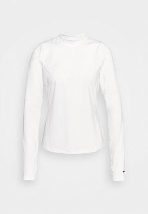 DRY FIT VICTORY CREW - Treningsskjorter - white/black