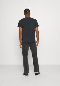Mennace - ON THE RUN  - Jeans baggy - black - 2