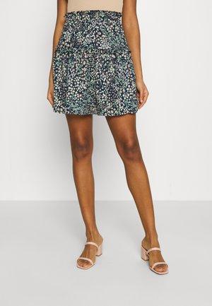 VMHANNAH FOIL SHORT SKIRT - Mini skirt - navy blazer/hannah