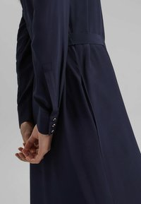 Esprit Collection - FASHION - Robe chemise - navy - 5
