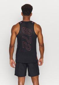Nike Performance - RISE TANK - Sports shirt - claystone red/black - 2