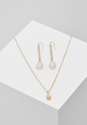 ONLCACIA NECKLACE AND EARRING SET - Earrings - gold-coloured