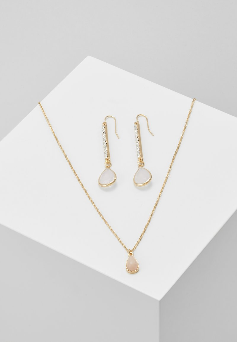 ONLY - ONLCACIA NECKLACE AND EARRING SET - Kolczyki - gold-coloured