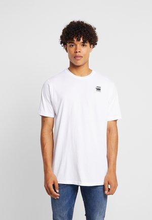 KORPAZ LOGO - Print T-shirt - white