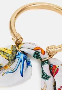 Versace - FOULARD BRACELET  - Náramek - bianco/multicolor/gold-coloured - 2