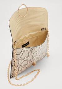 New Look - REESE SNAKE RING DETAIL - Pochette - brown - 4