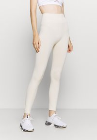 NU-IN - HIGH WAIST SEAMLESS LEGGINGS - Leggings - beige - 0