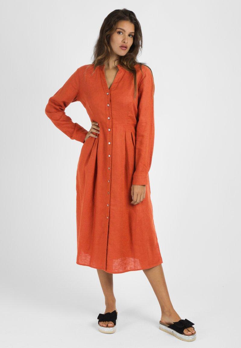 mint&mia - Shirt dress - orange