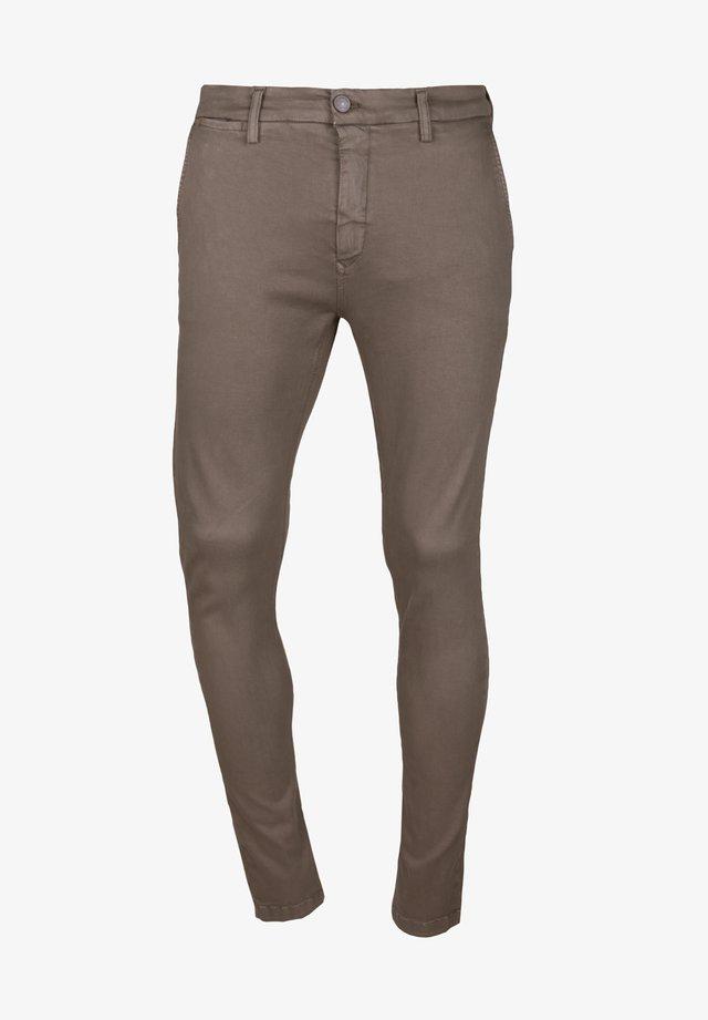 ZEUMAR HYPERFLEX  - Jeans slim fit - brown