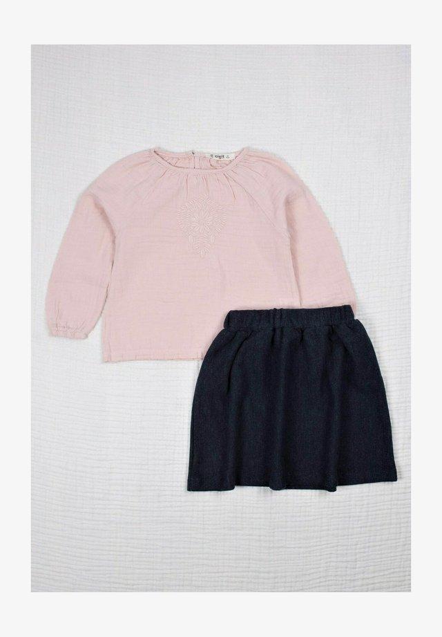 2 PIECE SET - Áčková sukně - powder pink
