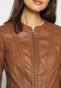 Soyaconcept - SC-AMALIE 4 - Faux leather jacket - brown - 5