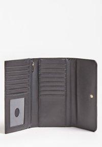 Guess - PORTEMONNAIE KATEY - Wallet - schwarz - 2