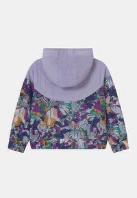 Nike Sportswear - ENERGY WINDRUNNER - Lehká bunda - purple chalk - 1
