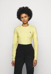 Polo Ralph Lauren - Camiseta de manga larga - banana peel - 0