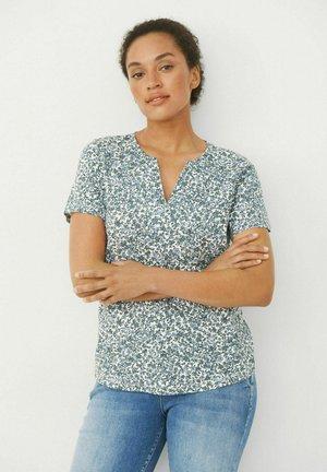 GESINA - T-shirt print - stormy weather mini flower pri
